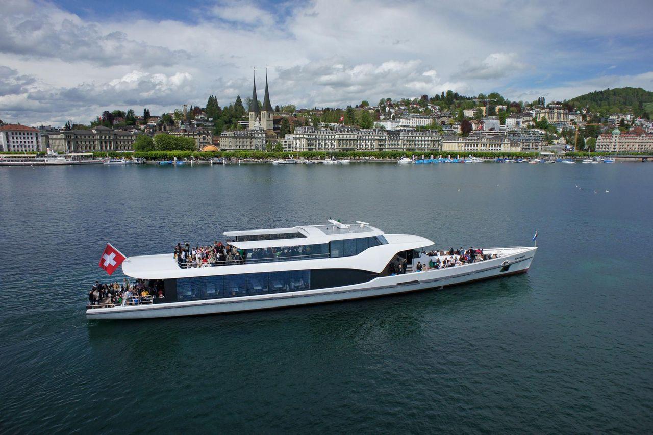 Scenic Cruises on the Panorama-Yacht