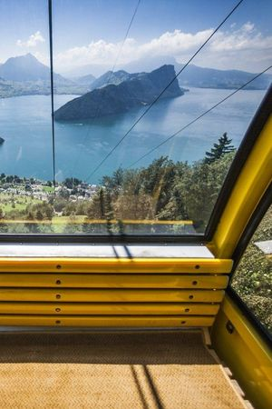 Aerial cable car Vitznau - Hinterbergen
