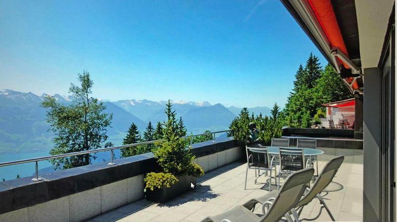 Rigi Terrassenwohnung mit Panoramasicht auf Berge und See