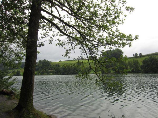 A walk around Lake Rot
